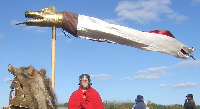 Il Draconianus con lo stendardo del drago